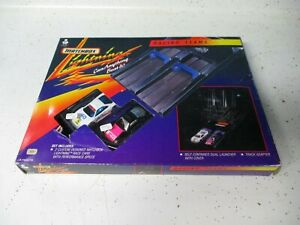 Matchbox Lightning Cars Playset with 2 exclusive Ferrari F40s- boxed