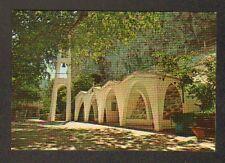 TEMIIH / TEMPE (GRECE) Entrance de l'EGLISE SAINT-PARASKEVI , CLOCHE CAMPANILE