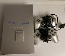 Playstation 2 konsole mit 2 Controllern  und einer Memory Card