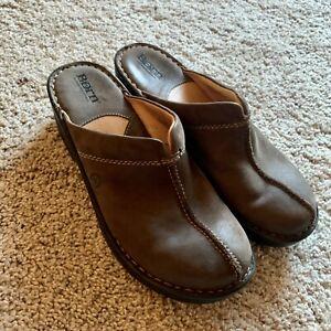 Born  Clogs Leather Slip on Mule Split Toe Brown Comfort Wedge Shoe  size 8 M