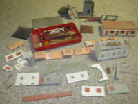 Plasticville Junction Fencing RR Church + Other Blds Parts 1952 Christmas Layout