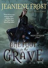 Night Huntress: One Foot in the Grave Bk. 2 by Jeaniene Frost (2010, MP3 CD)