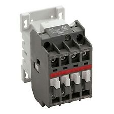 Newlec TIPO B Contattore elettrico 3 POLI 32A AC3 AUX 1No+1Nc 415Vac AC NLA32400