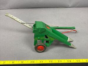 Vintage Die-cast Slik Toys 1950s 1/16 scale Oliver One-Row Corn Picker9828