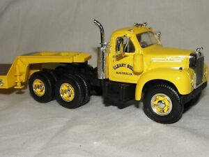 RARE AUSTRALIAN FIRM-CLEARY BROS. FIRST GEAR 19-2187-MACK B61 TANDEM LOWBED
