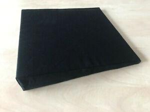 Keilkissen schwarz 38 x 38 x 7 cm zur Entlastung des Rückens Bezug abnehmbar