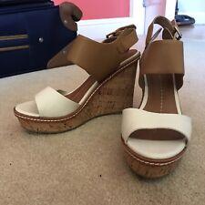 2df14e1971 NWOT Dolce Vita Janna Wedge Sandals Heels Size 8 White Tan