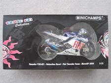 Minichamps Valentino Rossi Fiat Yamaha YZR-M1 MotoGP 2010 122103046