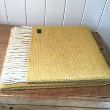 KNEE RUG / SMALL THROW Pure New Wool LEMON YELLOW Honeycomb Weave Chair Travel
