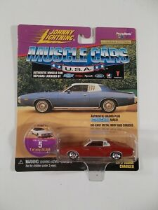 Johnny Lightning 1/64 Muscle Cars USA 1973 Dodge Charger