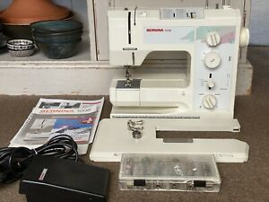 Bernina 1008 sewing machine With Extras In Great working condition