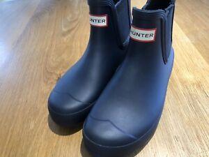 Hunter Ladies Original Chelsea Boot Size 5 Navy