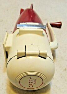 ATOMIC RED & WHITE METAL DAZEY ICE CRUSHER ROCKET MODEL 160 USA NICE!