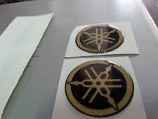ADESIVI RESINATI  PER YAMAHA TMAX , R1, R6, XMAX DIAMETRO 5 cm