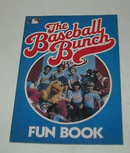 1982 The BASEBALL BUNCH FUN BOOK JOHNNY BENCH SYNDICATED TV SERIES EXCELLENT