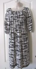 Perceptions  Knit Pleated-Front White/Black Print Shift Dress  Women's Sz S NWT