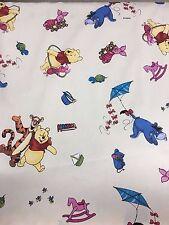 DISNEY'S Winnie the Pooh, 100% Cotone Tessuto Materiale per artigianato e Abito