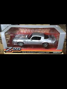 1978 Camaro  Silver 1:18 12900