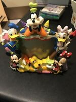 VTG Walt Disney World 6 Character Picture Frame MICKEY MINNIE MOUSE PLUTO GOOFY