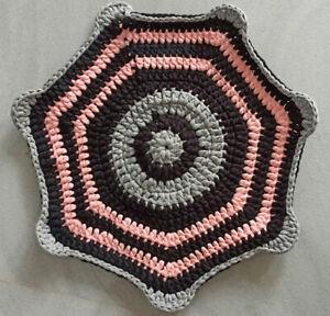 "Mat Rug Crochet Handmade Door Mat, Floor Mat 18"" Diamond Gray, Pink and Black"