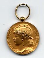 REPUBLIQUE FRANCAISE V. RENE 1966 HONNEUR TRAVAIL GOLDPLATED Medal 28 mm. (M.5a)
