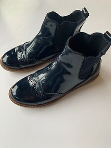 ZARA Girls Chelsea Boots.  Patent Navy.  Size 35 (UK 3)