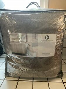 Hotel Collection Terra King Comforter Msrp $550 earthy tones of grey  taupe NEW