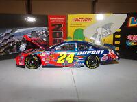 1/24 JEFF GORDON #24 DUPONT / LOONEY TUNES CLUB CAR BANK 2003  ACTION NASCAR