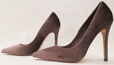 NEXT SIGNATURE ladies womens beige pointed court shoes size 5 EU 38 - NEW