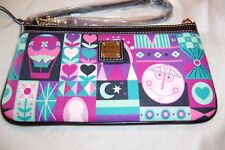 """AUTHENTIC DISNEY PARKS """"IT'S A SMALL WORLD"""" WRISTLET WALLET BY DOONEY & BOURKE 8"""
