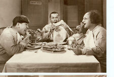 THE THREE STOOGES DOG BISCUITS FOR DINNER ON POSTCARD(64*)