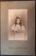 Photo Ancienne CDV Début XXe Portrait Fillette Meyer Nantes 1906