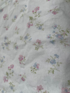 RARE Rachel Ashwell SHABBY CHIC *KING Fitted & Flat SHEET Flowers GUC Vintage