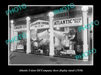 OLD 8x6 HISTORIC PHOTO OF THE ATLANTIC UNION OIL COMPANY DISPLAY STAND c1930s