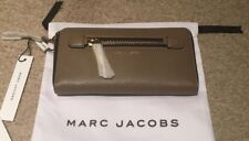 Marc Jacobs Zip-Around Tech Wristlet French Grey MSRP $155