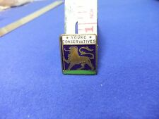 vtg badge young conservatives political member membership youth fraternity 1950s