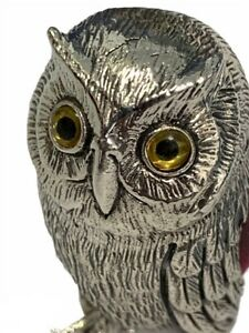 STERLING SILVER PIN CUSHION IN THE FORM OF AN OWL