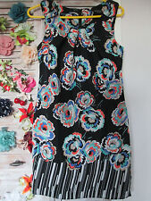 DOROTHY PERKINS BLACK SHORT SLEEVED FLORAL DRESS  SIZE 8 - IMMACULATE