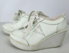 VOLATILE Cash Wedge Sneakers-Women's size 9 Rhinestones White VTG 90s Spice Girl