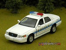Die Cast White Ford Crown Victoria Police Interceptor O Scale 1:42 By Kinsmart