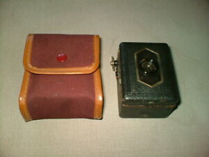 BABY BOX VINTAGE BOX CAMERA WITH ZEISS IKON LENS IN CASE