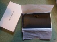Emporio ARMANI Black Leather Zip around Wallet