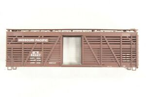 HO Athearn Missouri Pacific (MP) 40ft Wood Stock / Cattle Car Kit #52427
