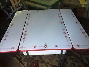 Vintage Red White Enamel Top Table Metal Legs Expandable Porcelain Top Table