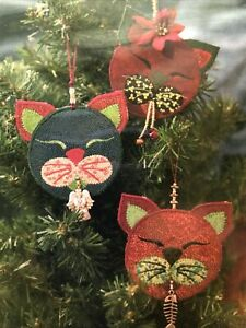 CRANBERRY KITTY Christmas Ornament Pattern by Story Quilts.com