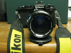 NIKON FE WITH VIVITAR 70-150mm 1:3.8 MC MACRO FOCUSING ZOOM LENS