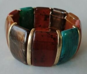 Multi Color Gold Tone Lucite Plastic Stretch Bracelet