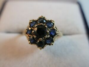 STUNNING PRE-OWNED, HALLMARKED 9ct GOLD SAPPHIRE DAISY RING UK SIZE M1/2  2g