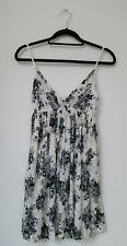 BOOHOO Womens Dress Size M/L Sleeveless Lace Bohemian Boho Hippie V Neck Floral