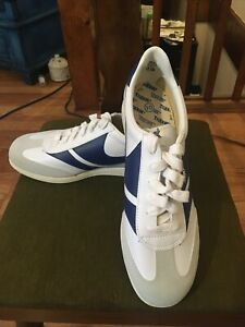 Men's Trax Sneakers Size 10 White And Blue 1970's 1980's  Authentic Vintage NWOB